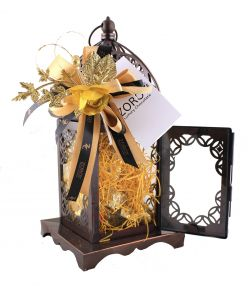 Metal Lantern with 12 chocolates