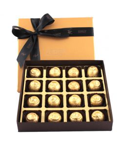 Box of 16 assorted Sugarless chocolates
