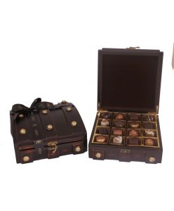 Pure Wood TIJORI box with 16 belgian chocolates