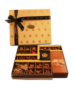 ZOROY LUXURY CHOCOLATE Classic Cabinet | Pure Couverture  Chocolate Pralines | Chocolate coated almonds and Butterscotch | Almond Rochers | Belgian style Chocolate Bar | Almond Butercrunch | Choclate coated Biscuits | 500G