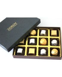 Luxury Black Small - 12 chocolates